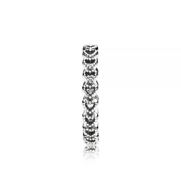 Pandora 190980 Ring Gereihte Herzen Sterling-Silber