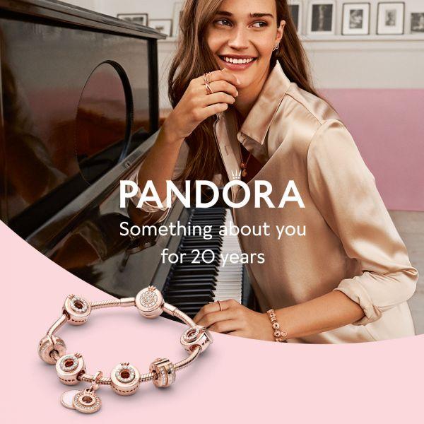 Pandora Rose 789042C01 Clip-Charm Funkelnde Pavé-Reihen & Logo